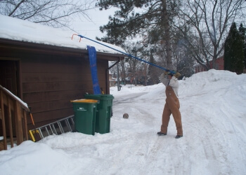 Roof Snow Removing